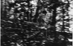 Survival celebra el Día Internacional de los Pueblos Indígenas con una galería que recoge las ingeniosas habilidades tribales y las amenazas a las que se enfrentan. © Claudia Andujar/Survival